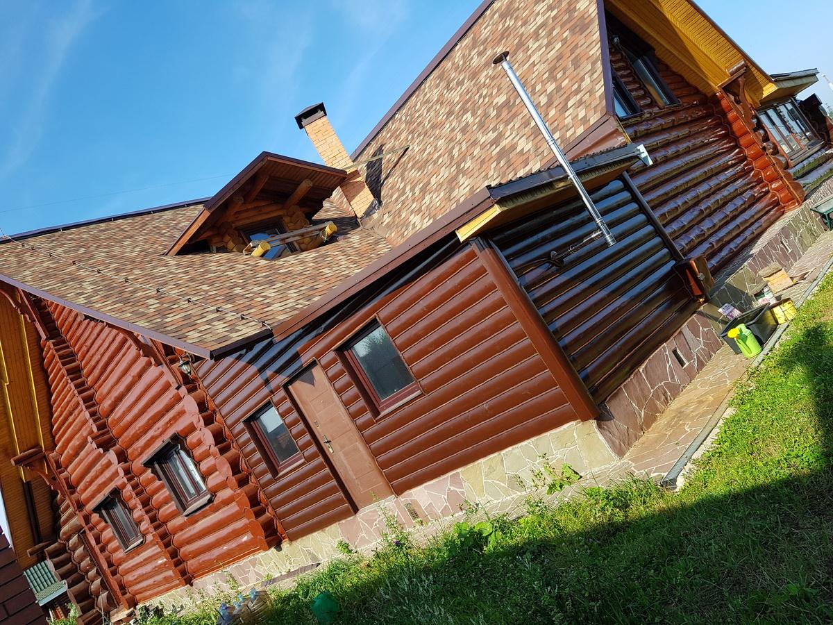 Продам уникальный дизайнерский дом ручной рубки Озеро Сенеж 45 км от Москвы +79645106000 Андрей Шалыгин